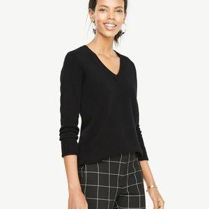 Ann Taylor black v neck cashmere sweater size M
